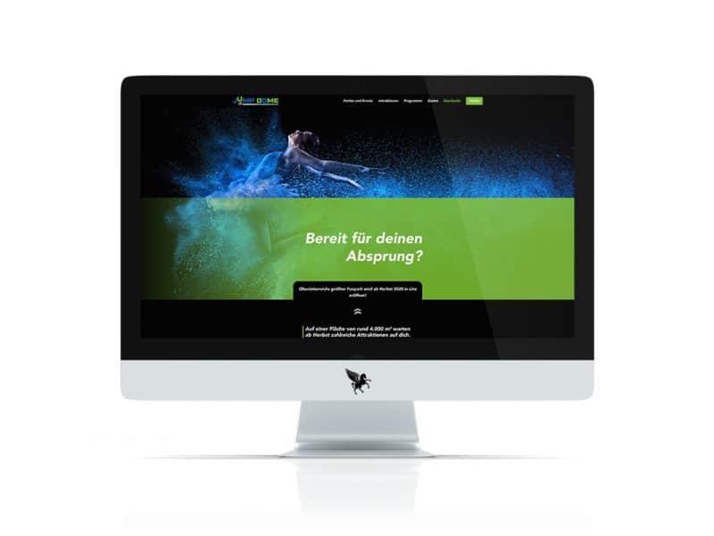 iMac mit der neuen Jump Dome Website geöffnet